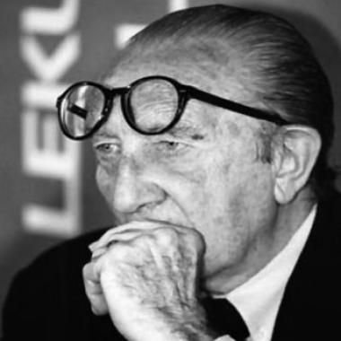Biografía de Francisco Javier Sáenz De Oiza